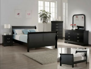 Queen Bedroom Set. Available in 2 Colors