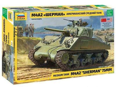 "Zvezda 3702 Panzer M42A2 ""Sherman"" 75mm Plastik Modellbausatz 1:35 NEU"