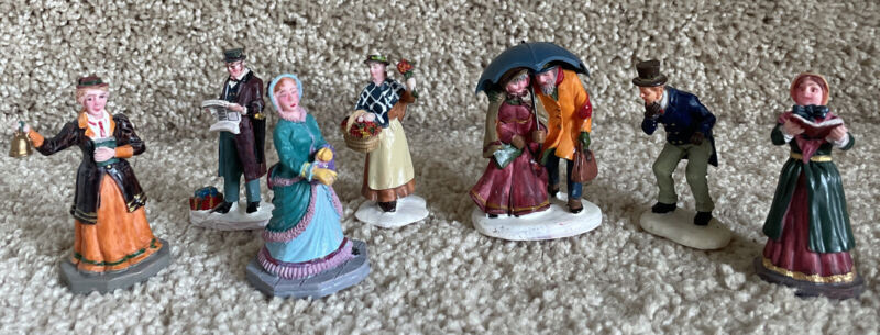 Lemax Christmas Village Lot Of 7 Holiday Figurines 2006-2008 Polyresin