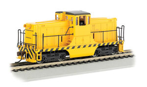 Bachmann HO 62201 Yellow Unlettered GE 44 Ton Diesel Switcher Locomotive DCC