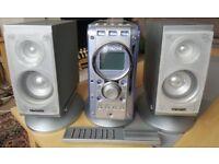 Hitachi AX-M67 Micro HiFi System