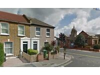SHORT TERM LET!! Modern 3 bedroom house with garden on Sandhurst Road, Hither Green, SE6 1UR