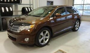 2010 Toyota Venza Touring*LEATHER, HEATED SEATS* BACKUP CAMERA*