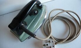 RETRO VINTAGE 1950's MORPHY RICHARDS 750 watt ELECTRIC SAFETY IRON