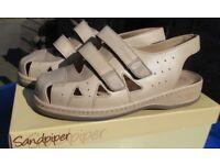 """Sandpiper Ladies """"Celia"""" leather shoes/sandals. Size 38 Size 5 Colour stone. VGC"""