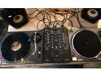Pair of Technics 1210mk2 - £750