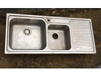 Kitchen sink bowl and half