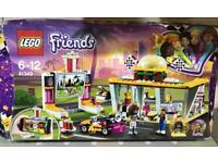 LEGO 41349 Friends Heartlake Drifting Diner Playset
