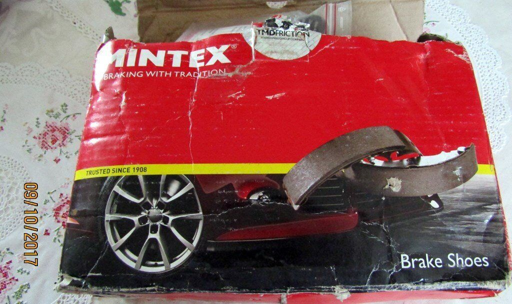 Fiat Scudo/Peugeot Expert/ Citreon Dispatch Rear Brake Shoes by Mintex for a 2.0 ltr 2004