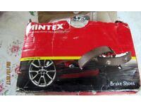 Fiat Scudo/Peugeot Expert/ Citreon Dispatch Rear Brake Shoes by Mintex for a 2.0 ltr