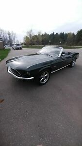 69 MUSTANG CONVERTIBLE 2ND OWNER