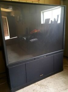 Hitachi 70 in Rear Projection TV
