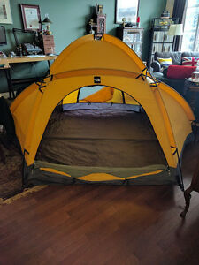 The North Face - VE-25 Expedition Tent Kitchener / Waterloo Kitchener Area image 3