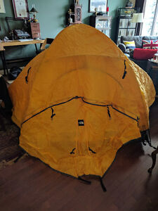 The North Face - VE-25 Expedition Tent Kitchener / Waterloo Kitchener Area image 5