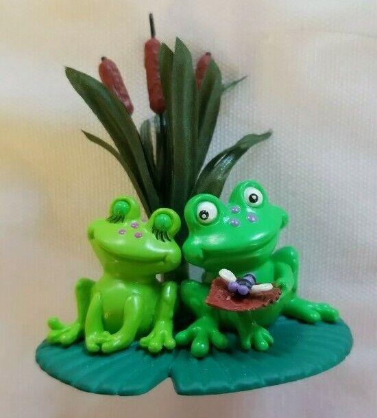 Hallmark Keepsake 2005 Ornament  - Leap of Love - Frogs - Sharon Visker artist