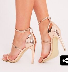 Rose gold size 4