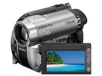Sony Handycam, used but in good conditions. Comes complete with camera bag and discs