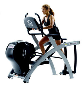 CYBEX ARC TRAINER (600a MODEL) COMMERCIAL ELLIPTICAL
