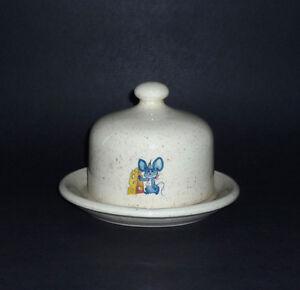 kitchen items and Decor : Chimes, Baking,Lantern,Trays,Shakers Cambridge Kitchener Area image 9