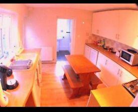 4 Bedroom House in Excellent Uxbridge Location