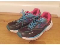 GIRLS TRAINER-SIZE 3 UK-EXCELLENT CONDITION