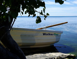 Walker Bay 8ft with oars and hand trailer