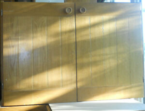 Kitchen Cabinets (Used, complete set)