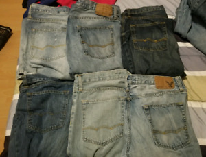 American Eagle and Guess Jean lot 12 pairs