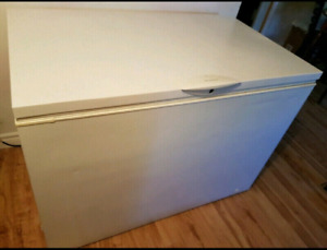 Frigidaire freezer good work conditions delivery available