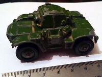 Vintage DINKY Toys 670 Military ARMOURED CAR Dicast Metal Tank Longueuil / South Shore Greater Montréal Preview