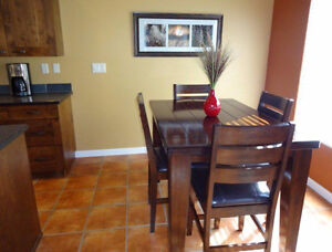 FULLY-FURNISHED SUITE in beautiful Sun Rivers...
