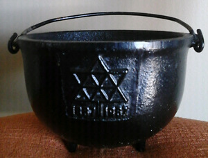 Confederation 1867-1967  Cast Iron  Pot