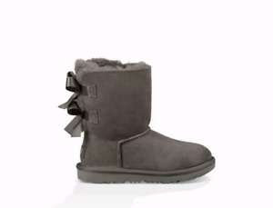 Girls Size 4 Uggs (Can fit adult size 6-6.5)