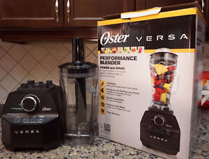 Oster Versa 1400 Watt Multi Speed Blender with one tall Jar