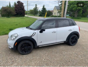 Mini Cooper Countryman S 2016. 80000 km