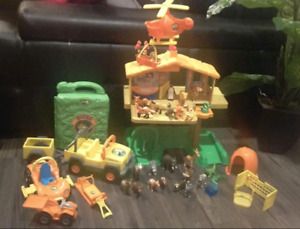 Go Diego Go Playset With Tons of Extras