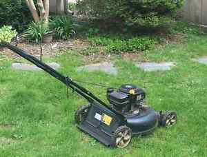 Lawn Mower - Great condition ready to cut!