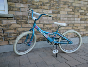 "Girl's 20"" bike - teal"