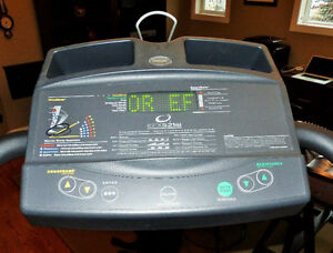 Precor EFX 5.21si Elliptical Trainer - Commercial Quality Strathcona County Edmonton Area image 6