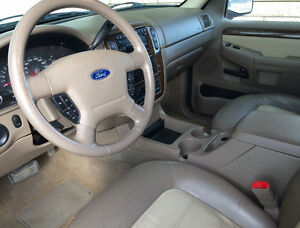 03 Ford Explorer EDDIE BAUER, 4X4, LEATHER, 7seat - FULLY LOADED Moose Jaw Regina Area image 2