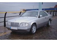 Mercedes E220 Coupe W124 Spares or Repair (1994)