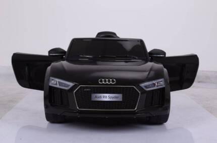 12v Licenced AUDI R8 Spyder Kids Electric Ride On Car - Black