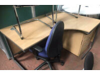1600mm Right Oak Veener Office Desk