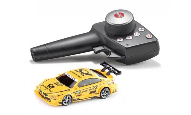 siku-racing BMW M4 DTM Set with FB, BATTERY AND TYRES Scale 1:43