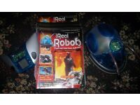 Ultimate Real Robots Magazine with complete robot and remote.