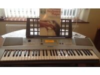 Yamaha Professional electric keyboard