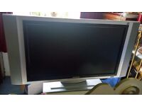 """27"""" LCD TV fully working"""