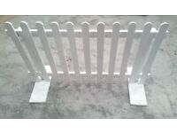 Free standing picket fence panels (lot of 4)