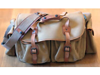 Billingham 550 canvas & tan leather camera bag, complete, very good condition
