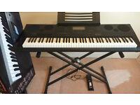 Casio WK-7600 76 Key Piano Style Keyboard